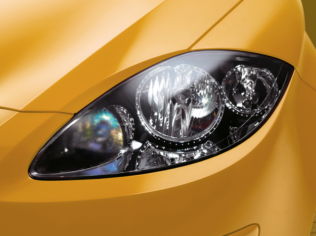 Colour coded headlight kit, chrome