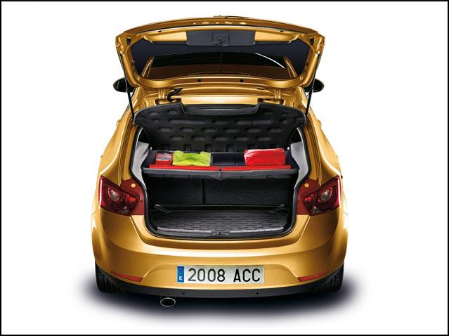Luggage area protection sheet - SEMI-RIGID