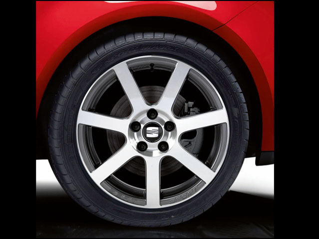 """17"""" alloy wheel, anthracite/polished silver"""