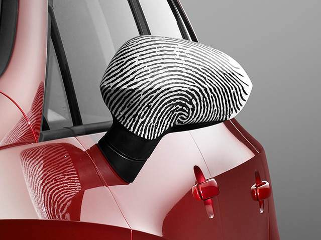 Side mirror trim Fingerprint
