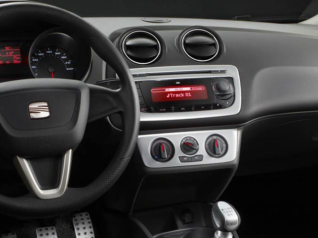 Aluminium colour panel trim with radio and air conditioning