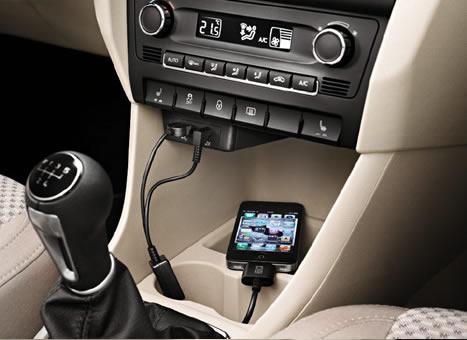 Кабель-адаптер MP3/iPod®