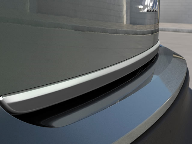 Rear lid moulding