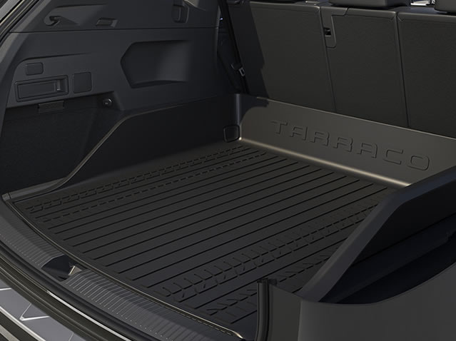 Luggage compartment inlay with edge