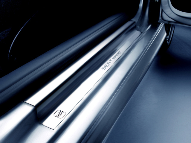 Set of Sport side sill for 2-door model